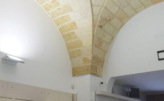 Roma-Antonello,-Brindisi—Arredo-tabaccheria-su-misura,-Nuove-Forme-07