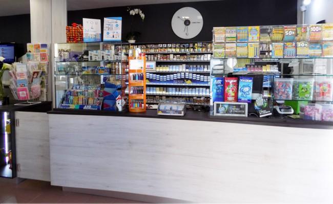 Tabaccheria-Bella,-Sassari,-Nuove-Forme-arredamento-su-misura-06