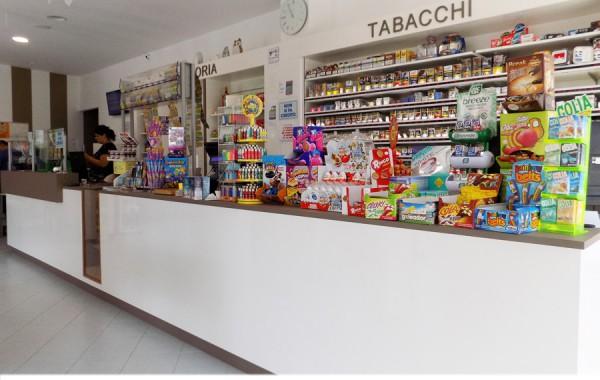 TABACCHERIA 78, TURI (BA)