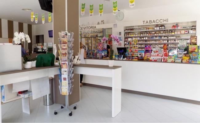 Tabaccheria-78,-Turi-BA,-Nuove-Forme-arredamenti-su-misura-15