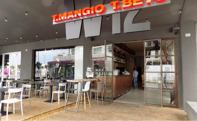Bar-Gastronomia-W12,-Riccione-RN,-Nuove-Forme-arredamenti-01