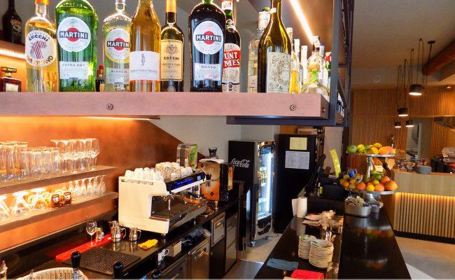 Bar-Gastronomia-W12,-Riccione-RN,-Nuove-Forme-arredamenti-07