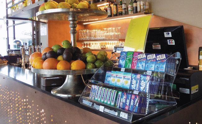 Bar-Gastronomia-W12,-Riccione-RN,-Nuove-Forme-arredamenti-09