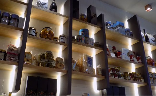 Bar-Gastronomia-W12,-Riccione-RN,-Nuove-Forme-arredamenti-16