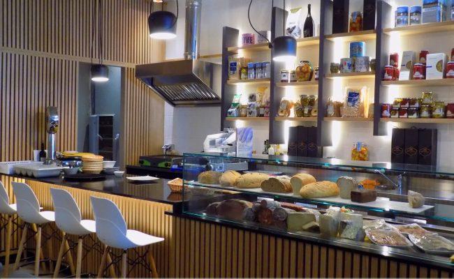 Bar-Gastronomia-W12,-Riccione-RN,-Nuove-Forme-arredamenti-17