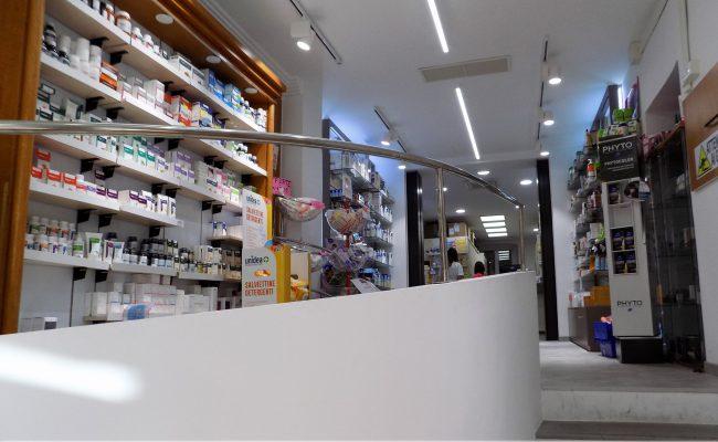 Farmacia-Dell'Aquila,-Genova,-Nuove-Forme-arredo-su-misura,-imm03