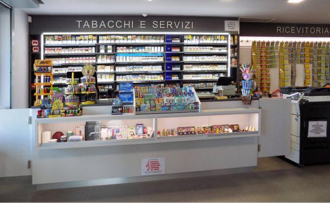 Tabaccheria-Luca-Valerio,-Nuove-Forme-arredamenti-su-misura-03