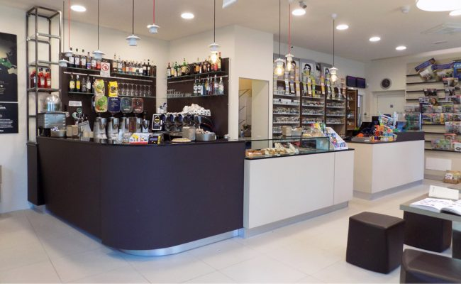 Masotti-Bar-Italia,-Riccione-RN,-Nuove-Forme-arredamenti,-imm04